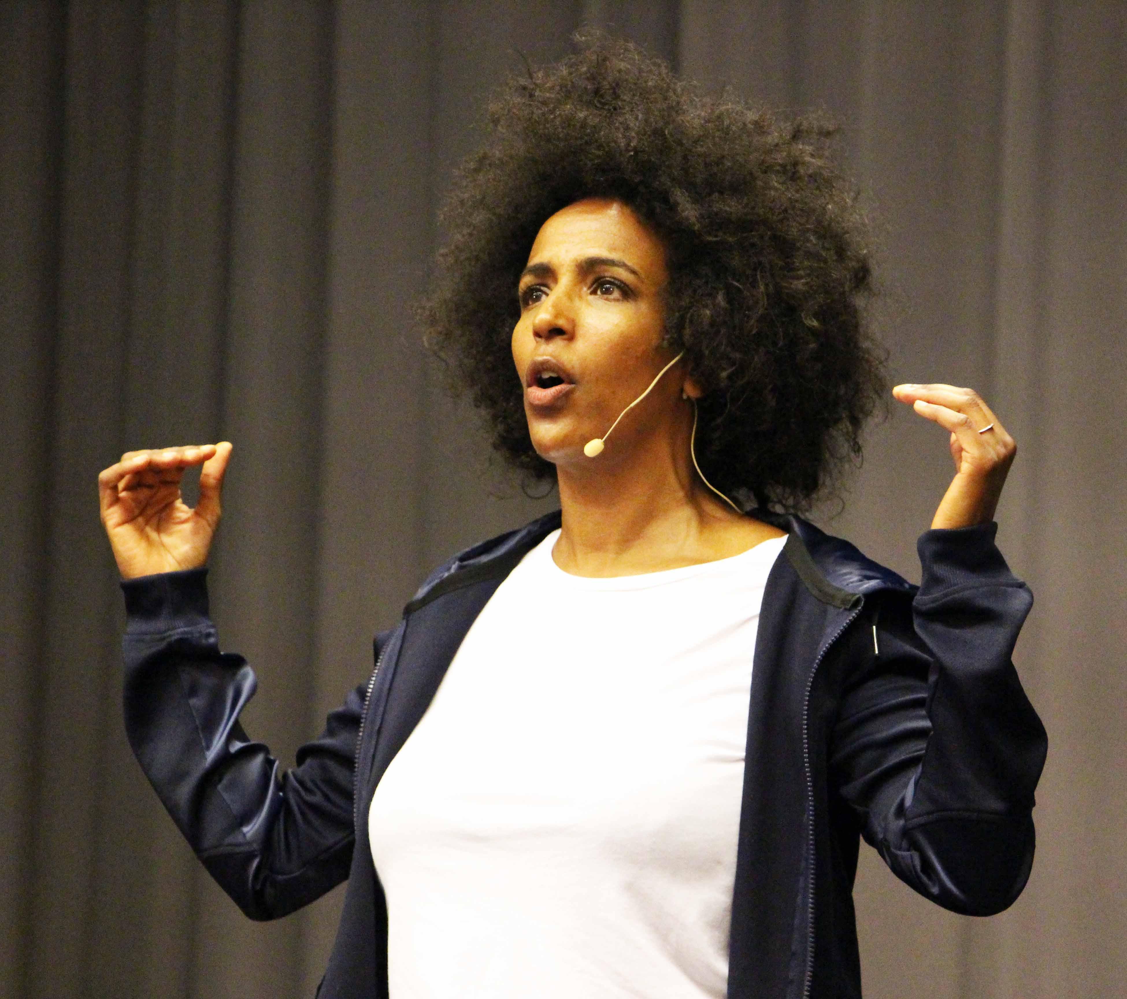 vita flickor första stora svarta dick tecknad sex Cleveland show