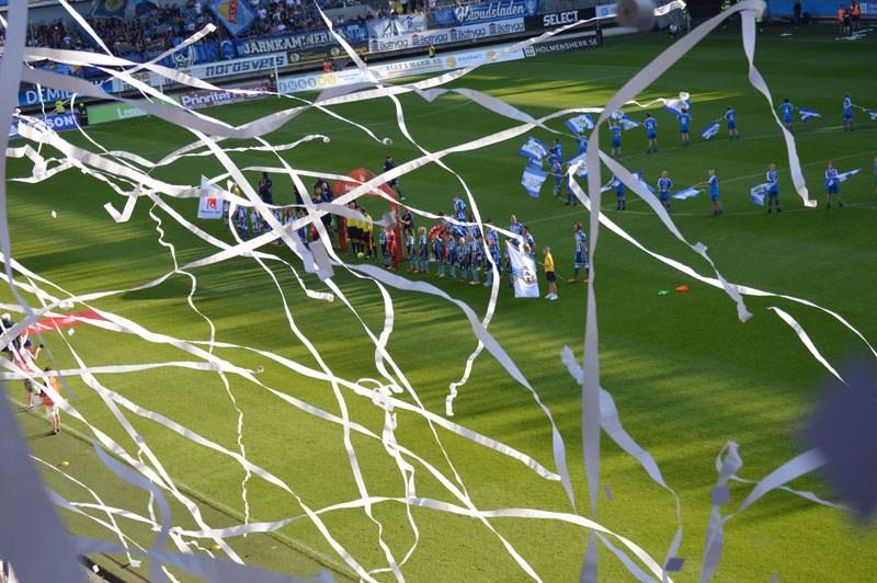 ... IFK Göteborg och Djurgårdens IF. Eleverna fick arbeta med  matchanalysuppgifter som sedan följs upp i deras kurser. De fick uppleva en fotbollsmatch  med ... 0c67cb217748a